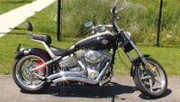 Vance and Hines Big Radious 2 into 2 Chrome Exhaust for Softail