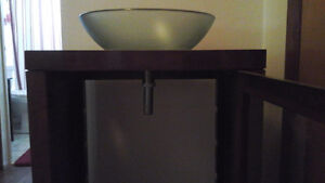REDUCED AGAIN!! VESSEL SINK WITH DARK WOOD VANITY (USED) Kingston Kingston Area image 2