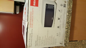 Buy 700 Watt Microwave in Toronto