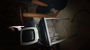 Metal/leather high chair and high bar table