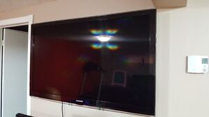 SAMSUNG 51 INCH LCD WITH EXTRA