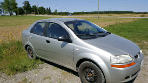 2005 pontiac wave 700.00 or best offer