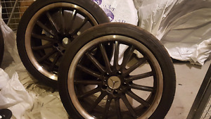 4 Mercedes wheels 18 inch with tires