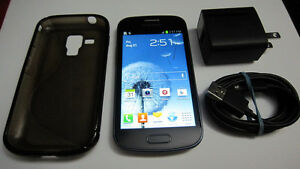 UNLOCKED Samsung Galaxy Duos Android cellphone