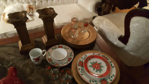 Christmas 8pc dishes, with many matching accessories