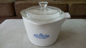 CORNING WARE BLUE CORNFLOWER 1 QT. SAUCE MAKER POT & COVER