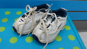 (216) BABY Boy's Sneakers NIKE Size 3