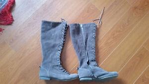 Nine West boots size 8.5