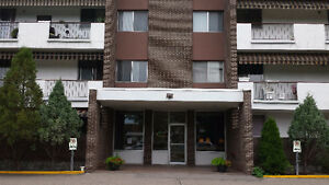 Spacious 2 Bedroom close to Southland Mall
