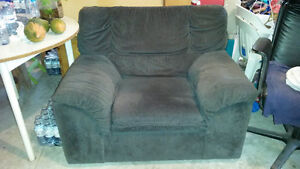 arm chair sofa Kitchener / Waterloo Kitchener Area image 1