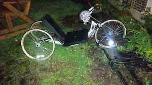 Vélo à main