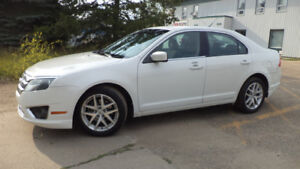 10 Fusion - auto - LOADED - A/C - ALLOY WHEELS - ONLY 135KMS