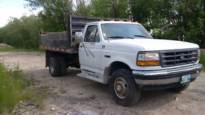 1995 Ford F-450 SD Dump Truck - newly rebuilt transmission!