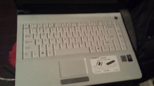 Sony vaio notebook white mint condition 325 obo willing to trade