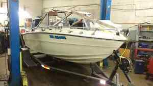 18 ft fiberglass Tempest 120 inboard Kitchener / Waterloo Kitchener Area image 1