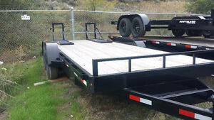 SOUTHLAND FLAT DECK TRAILER 18FT W/UPRIGHT RAMPS