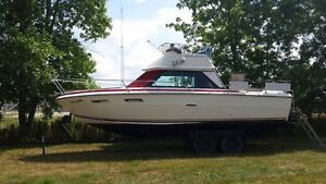 1978 SeaRay Sedan Bridge