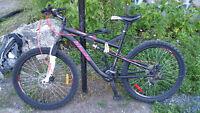 Vélo de Montagne Blade compression