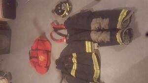 Habit de combat contre les incendies. Bunker gear for sale West Island Greater Montréal image 1