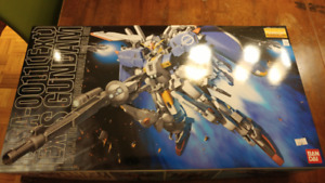 Rare find Ban Dai  MG Gundam collection