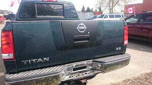 2007 5.6 V8 Nissan Titan Pickup Truck