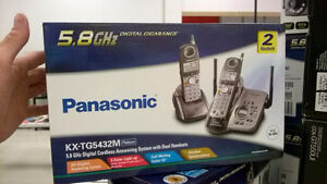 NEW: Panasonic Dual Cordless Phones with Voice Mail + CALL ID