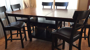 Wooden table and 6 chairs great condition Drastically reduced