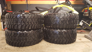 305 55 20 Mickey Thompson BaJa MTZ