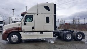 2014 Freightliner with or without job
