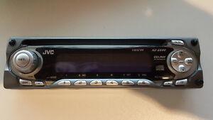Radio JVC KD-S690 à vendre... 20$ Saguenay Saguenay-Lac-Saint-Jean image 1