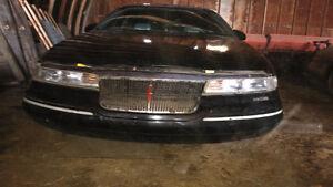 1993 Lincoln Mark V111