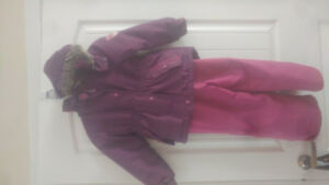 Girls siz5 oshkosh snowsuit