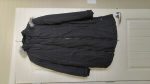 Maternity winter down coat/jacket Thyme XS. Black. Very warm.