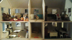 Completely Furnished plus more Doll House