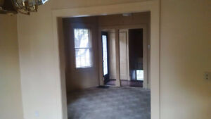 Beautiful 2 bd units available from $695-$875 plus utilities Windsor Region Ontario image 7