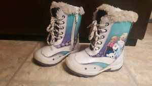 Toddlers girls Frozen boots size 7