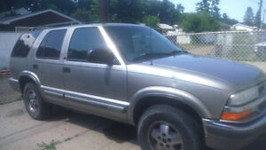2001 Chevrolet Blazer SUV, Fully Loaded $600.00 OBO