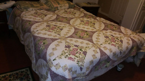 Queen size bed set. Boxspring mattress and frame.