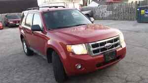 09 Ford Escape XLT 4X4 Safetied & Etested