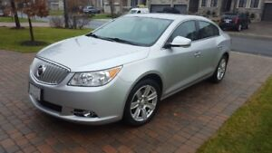 2012 Buick LaCrosse Leather + Extra snow tires on rims