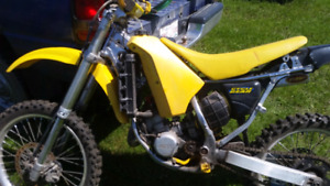 Looking for 1991 RM 125 parts