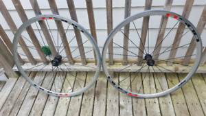 Shimano R-500 Road Bike Wheels