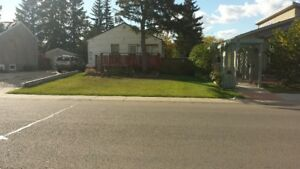 50x150 lot with house zoned for town house or trade