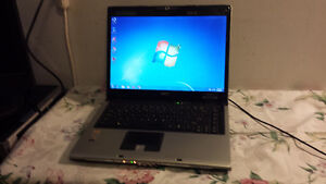 Used Acer Aspire 5110 Dual Core Laptop with Webcam and Wireless