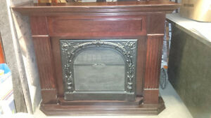 FIREPLACE AND MANTLE ELECTRIC DIMPLEX