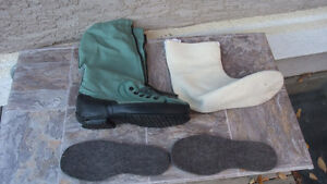 Mukluks, US Air Force, Flight Boots, Extreme cold weather  LOOK!