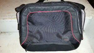 15 inch Belkin Laptop Bag