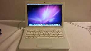 "13"" White Macbook with Webcam, DVD and Wireless for Sale"