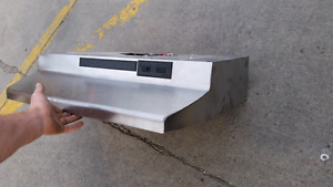 Kitchen stove fan/ range/ hood from brand new house never used