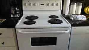 Fridgidaire Stove-NEW PRICE